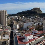 1200px-Panoramic_view_of_Alicante_from_the_castle_of_San_Fernando